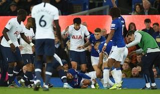 Incidente in Premier: Andre Gomes, grave infortunio. Son e Aurier gli spezzano una gamba