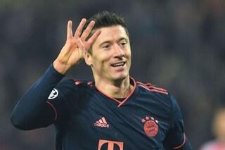 Lewandowski, poker da record per avvicinarsi a Benzema nella classifica dei bomber di Champions