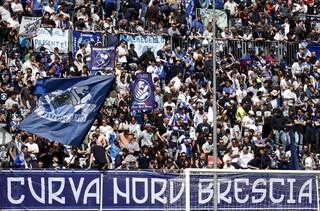 """Brescia, gli ultrà scrivono a Cellino: """"Fai tornare Corini, questa è la sua squadra"""""""