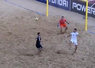 Mondiali Beach Soccer, l'Italia batte il Messico con 5 gol di Gori e vola ai quarti