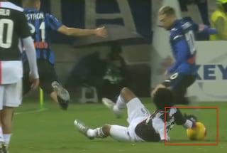Moviola Atalanta-Juventus: mano di Cuadrado, perché il Var non interviene