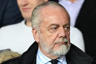 Il Napoli si allena come se non fosse successo niente. Che farà De Laurentiis?