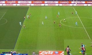 Moviola Napoli-Genoa: Lozano 'vizia' il gol di Insigne. Var, niente rigore su Mertens