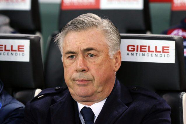 Napoli, esonerato Carlo Ancelotti: il comunicato del club