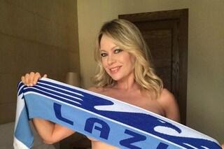 """Anna Falchi, foto hot dopo Lazio-Juve: """"Se vinciamo la Supercoppa faccio la Superpoppa"""""""