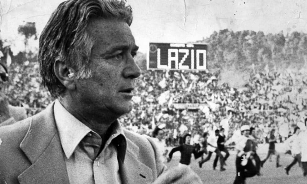 Tommaso Maestrelli e i festeggiamenti per lo scudetto del 1974. (fonte Wikipedia)