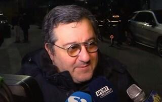 """Milan, Raiola attacca: """"Elliott deve vendere e aspetto le scuse dei tifosi rossoneri"""""""