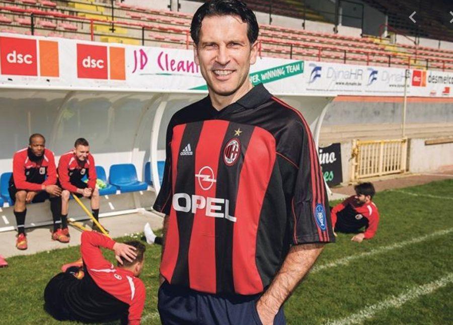 Drazen Brncic, giocò solo cinque partite con il Milan nel 2000–2001, fu poi scambiato con Andrea Pirlo, che all'epoca giocava all'Inter.