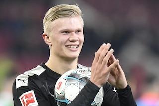 Haaland esordio con tripletta, tre gol in 23 minuti con il Borussia Dortmund