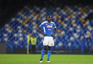 Koulibaly, infortunio più serio del previsto: i tempi di recupero del difensore del Napoli