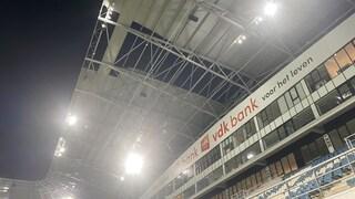 Belgio, crolla parte del tetto dello stadio del Gent. A rischio la sfida con la Roma?