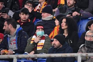 Psicosi Coronavirus, anche l'Olimpico contagiato: mascherine sulle tribune per Roma-Lecce