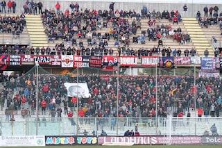 Taranto, dopo le minacce anche l'aggressione fisica ai calciatori