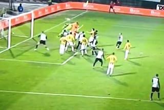 Serie B, Ivan Provedel portiere della Juve Stabia segna il gol del 2-2 contro l'Ascoli