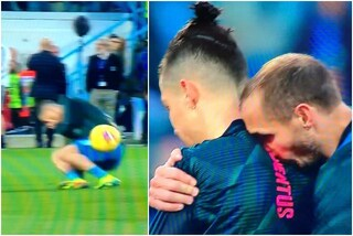 Chiellini, pallonata a Cristiano Ronaldo durante il riscaldamento di Spal-Juventus